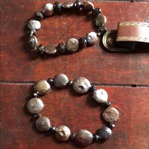 Jewelry - 2 bracelets, elastic band